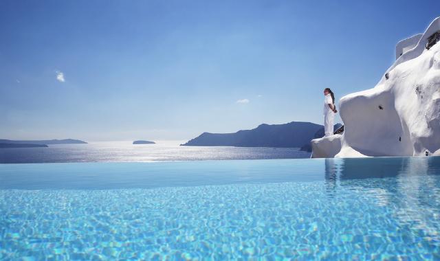 Around the world in 6 pools Katikies