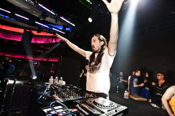 Steve Aoki's got our head spinnin'! (Oh, we love our puns).