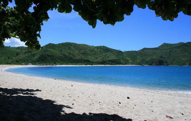1024px-kuta_lombok_mawun_beach