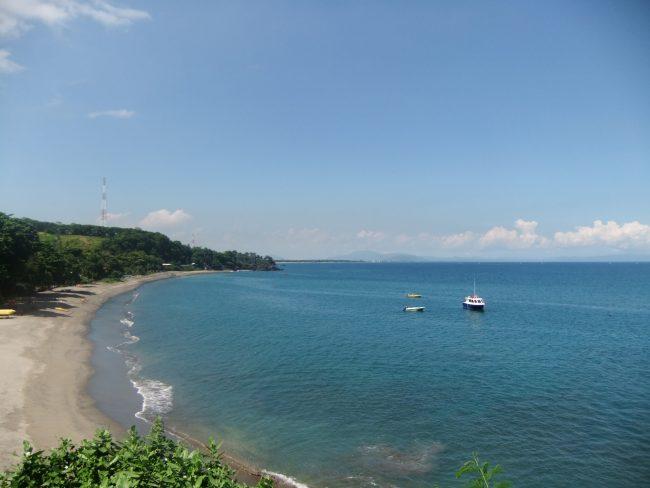 senggigi_beach_view_from_jalan_raya_senggigi