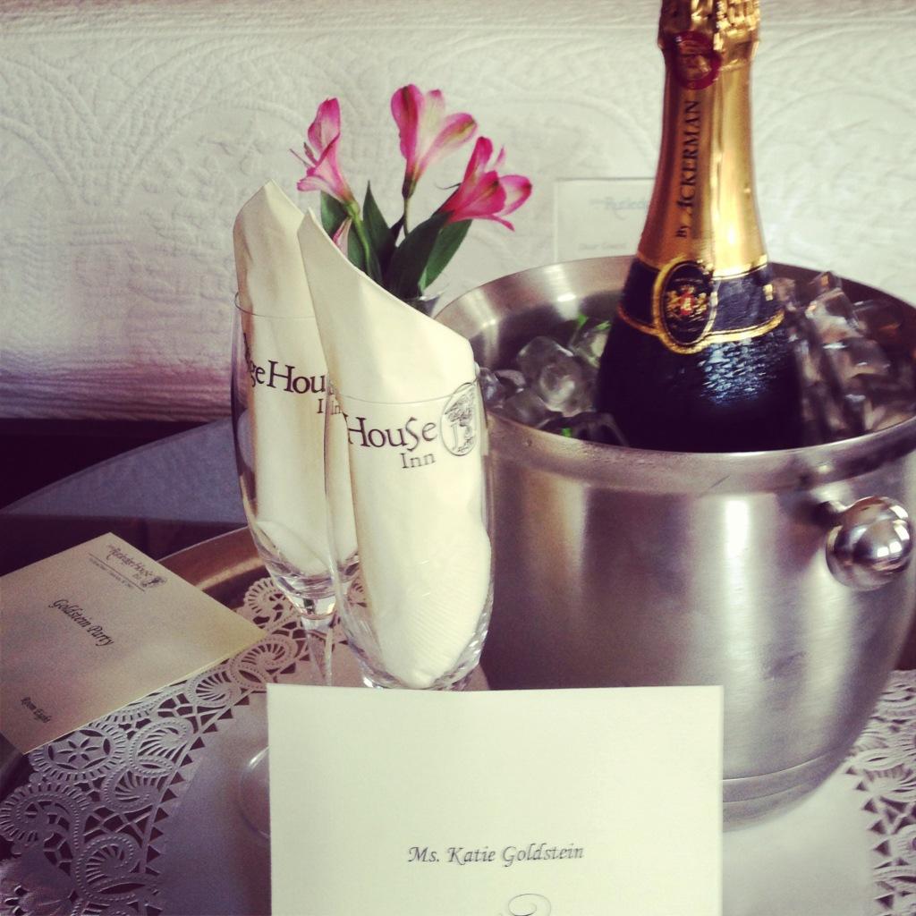 John-Rutledge-House-Champagne-Welcome-1024x1024