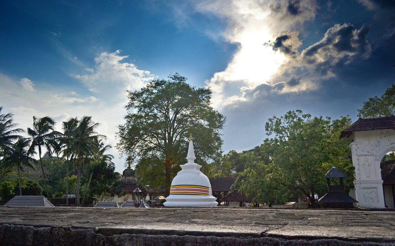 buddhist-temple-281144_1280