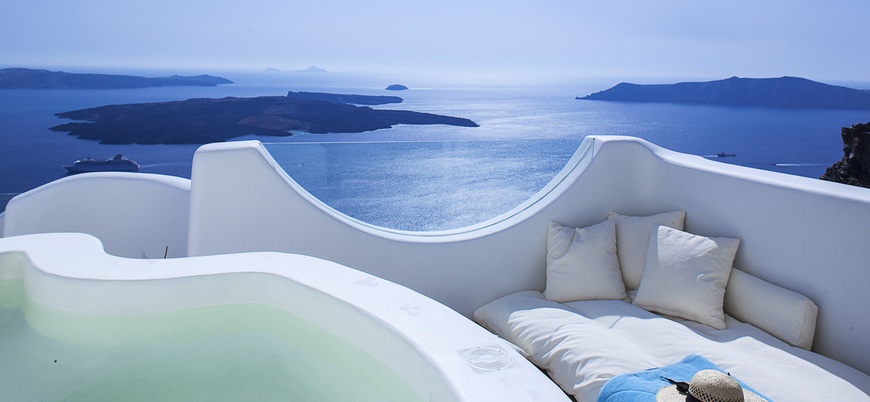 We cannot think of a better afternoon nap spot!