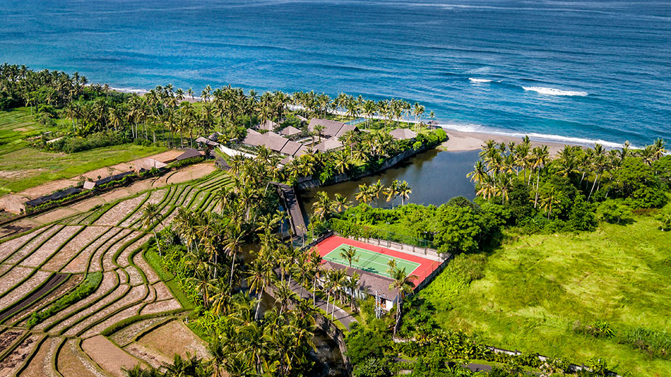 Exclusive_Beachfront_Holiday_Home_Bali_001
