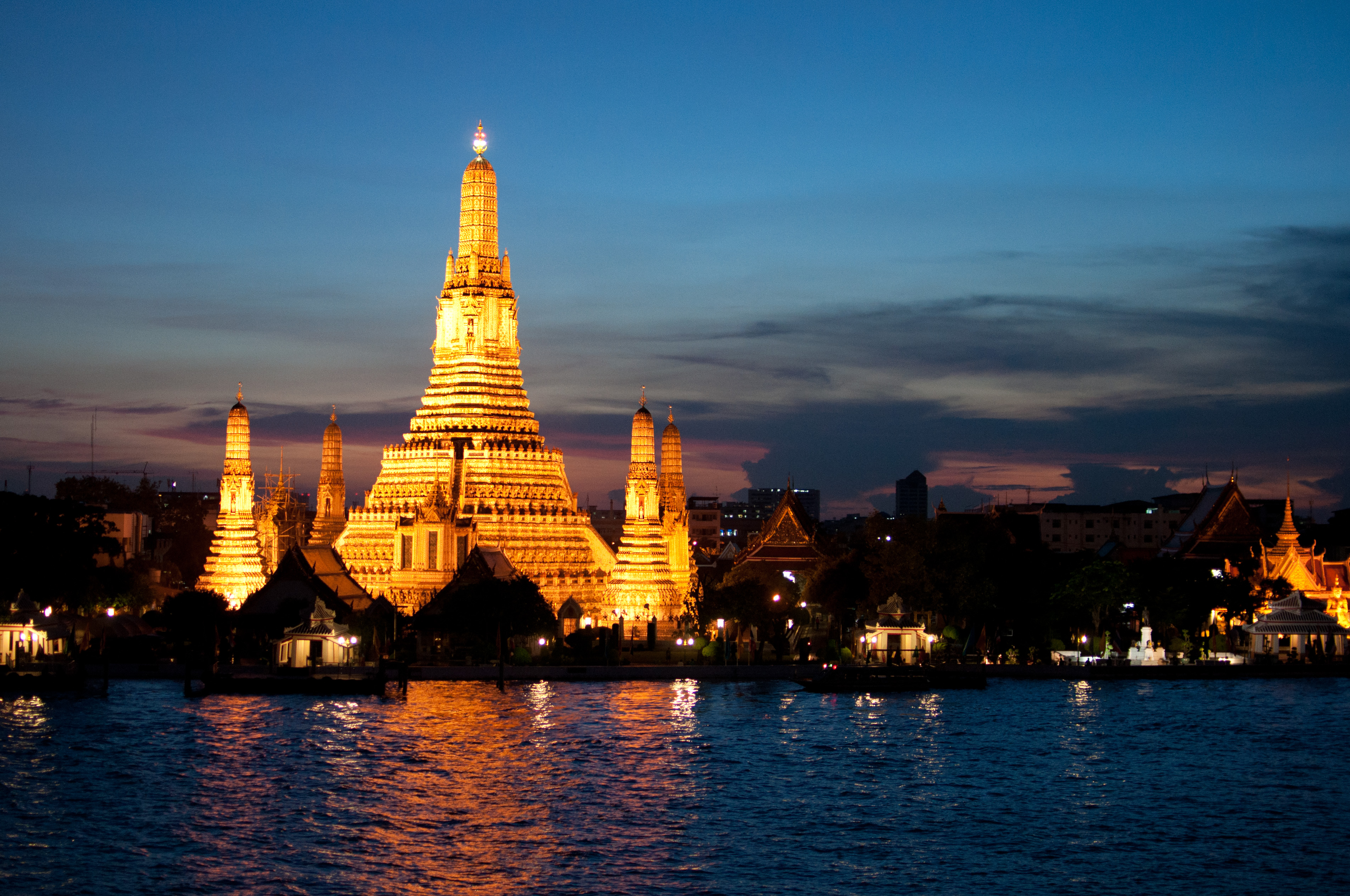 Wat Arun at Dusk