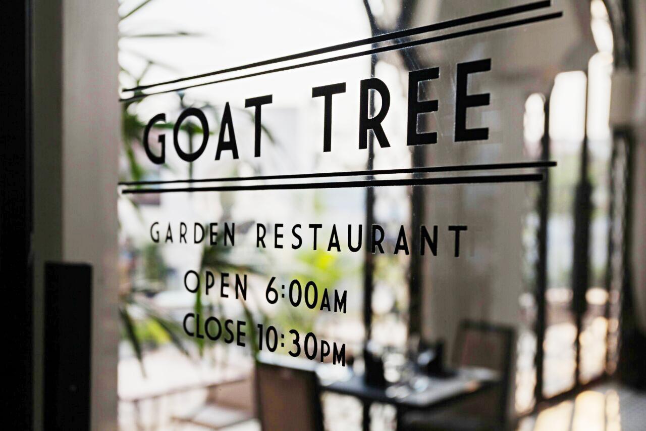 goat_tree_restaurant_3
