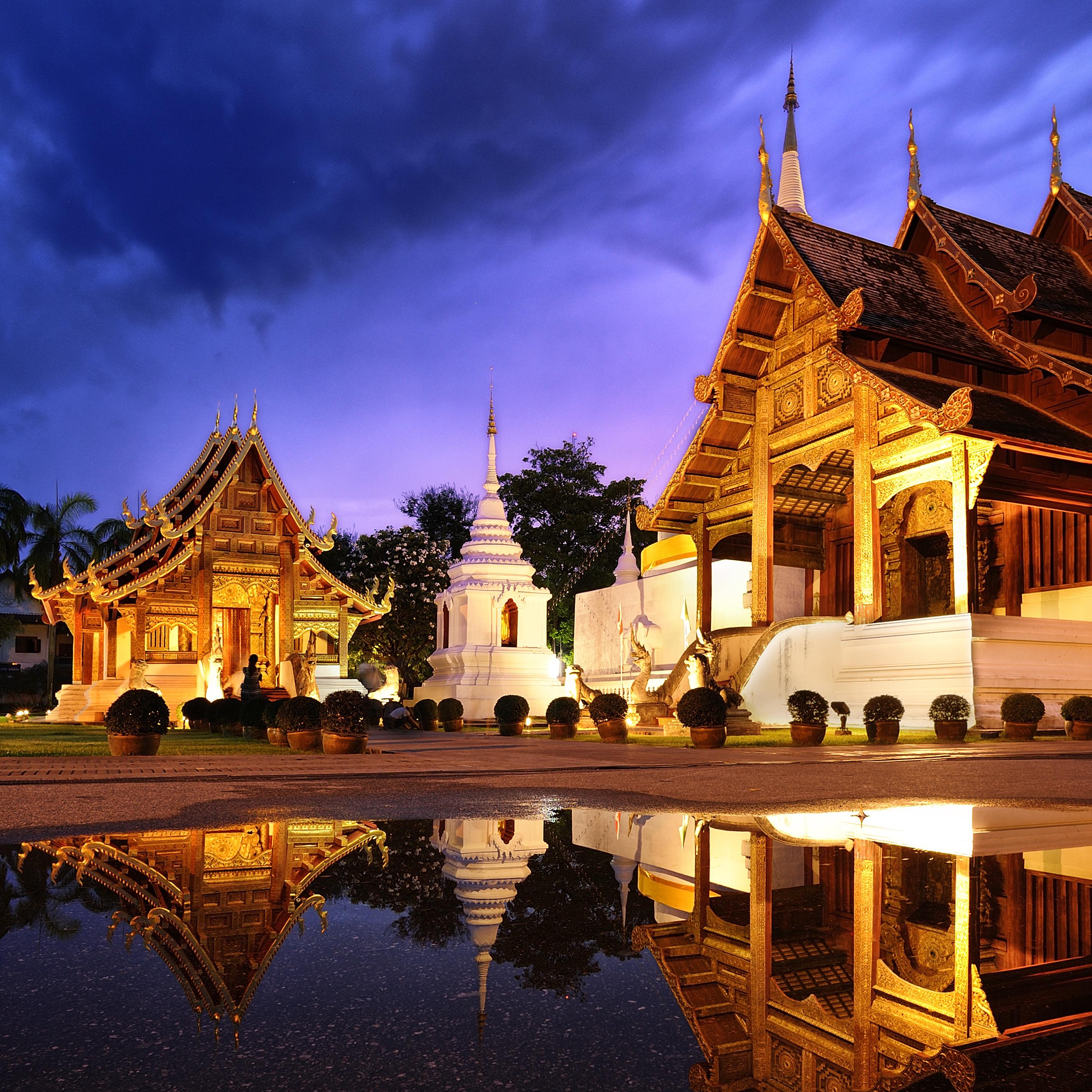 Phra Singh temple twilight time