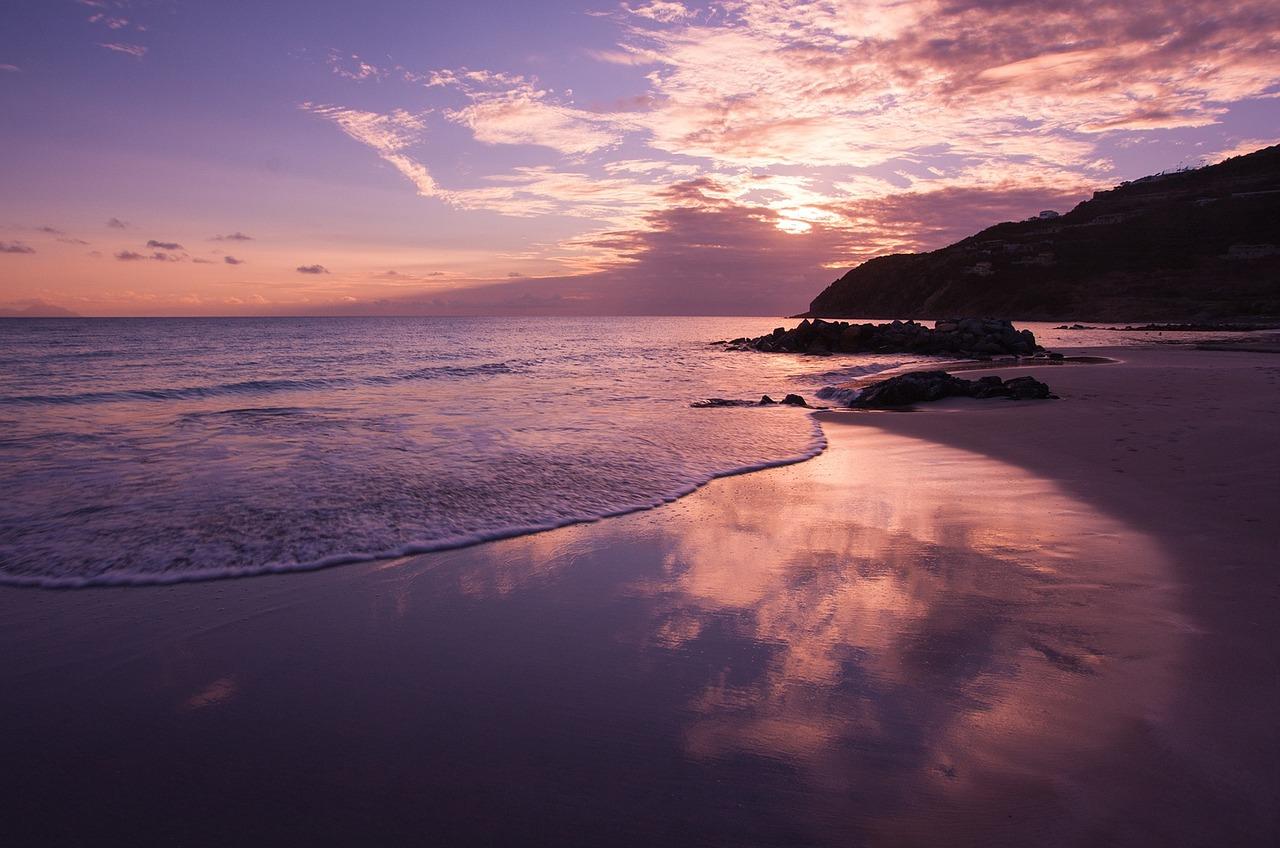 beach-828633_1280
