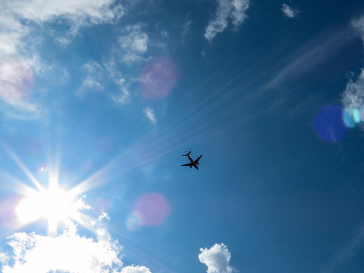 sky-701401_1280