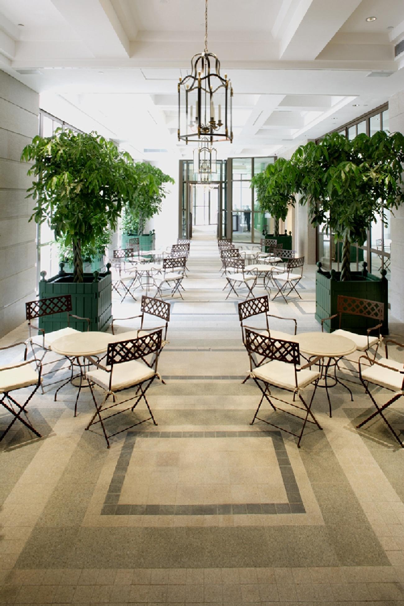 Lanson Place Hotel Hong Kong_Courtyard The Leighton