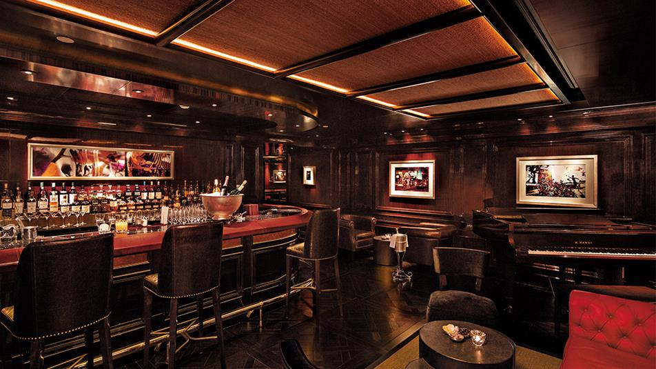 The-Bar-interior