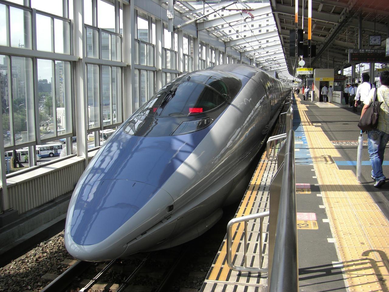 bullet-train-66091_1280