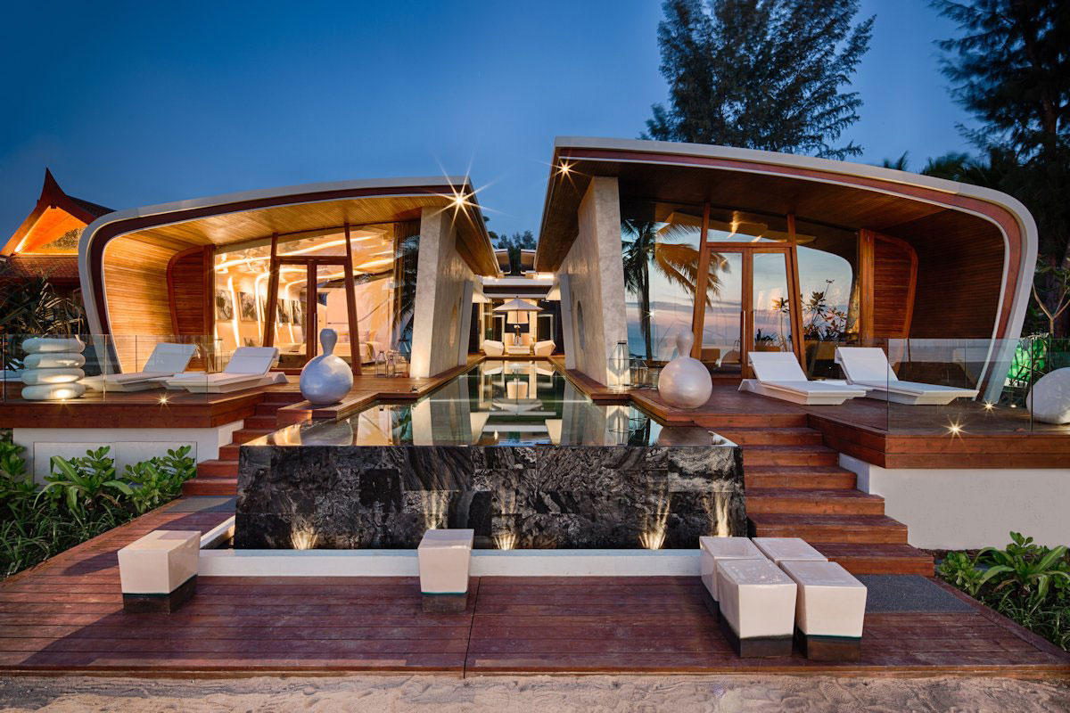 ultimate-ultramodern-seaside-getaway-villa-with-restaurant-1-front-straight