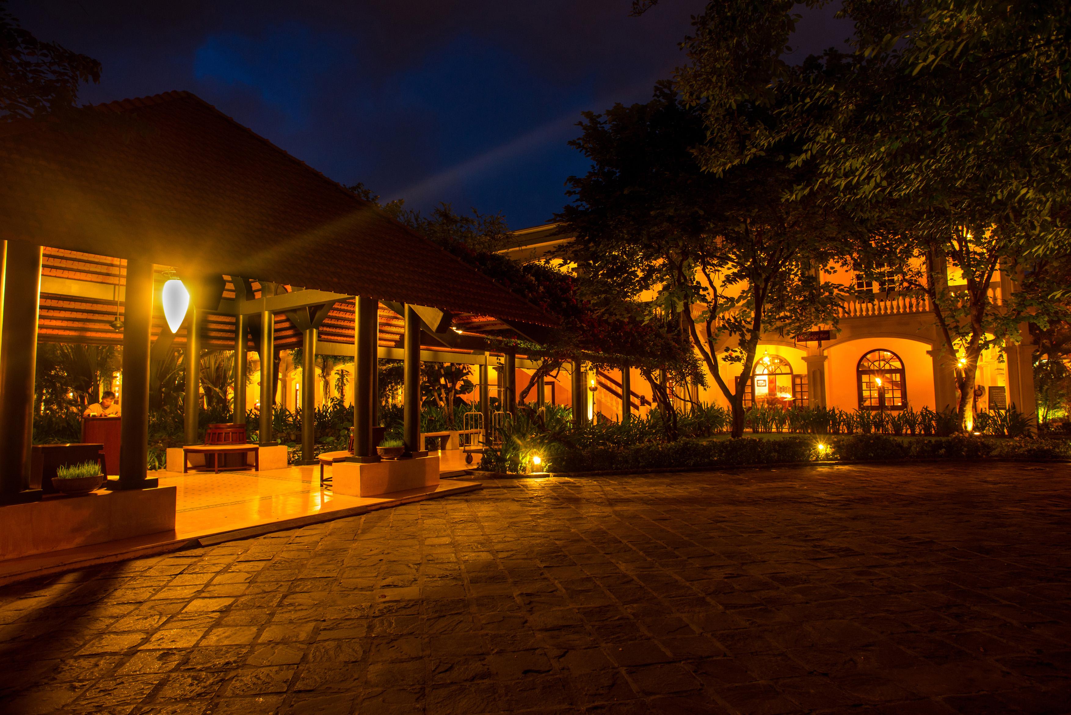 Hi_AHAR_56175823_Resort_Entrance_Pavillion