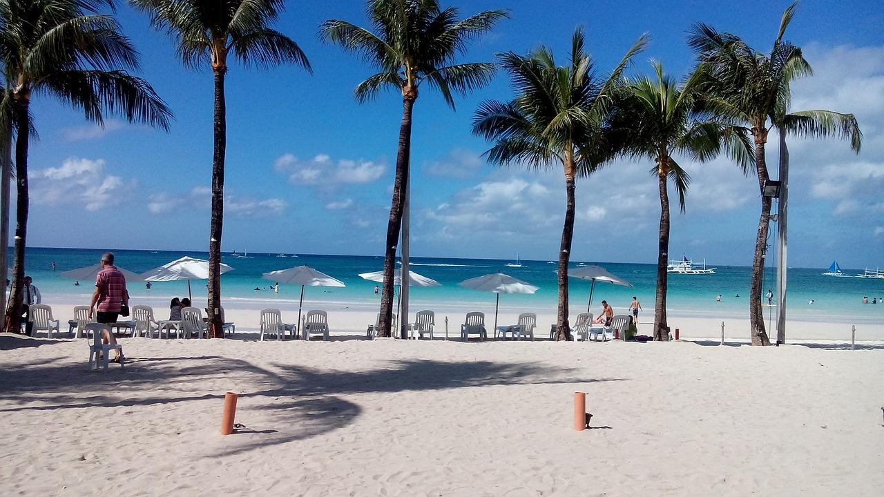 beach-710544_1280