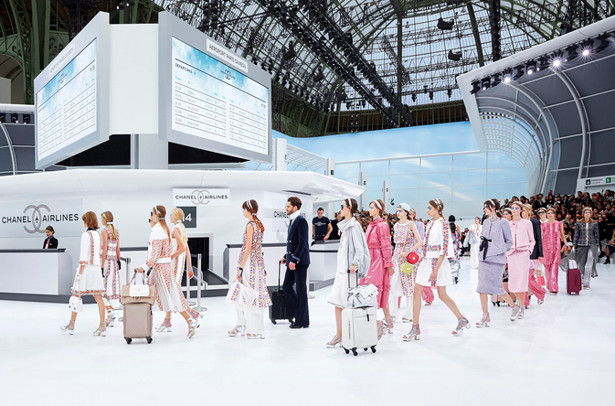 chanel-airlines-spring-summer-2016-ready-to-wear-show-finale