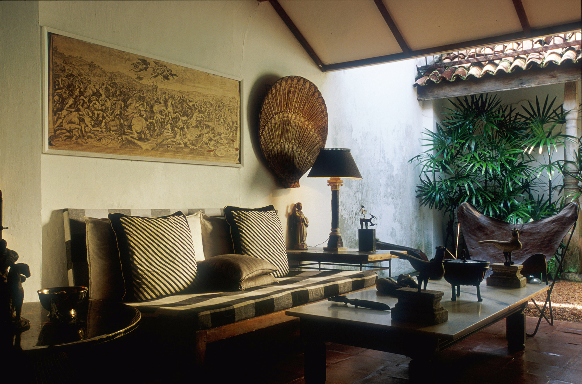 11_-_Sitting_Area_in_at_the_33rd_Lane_-_Bawa_Residence.