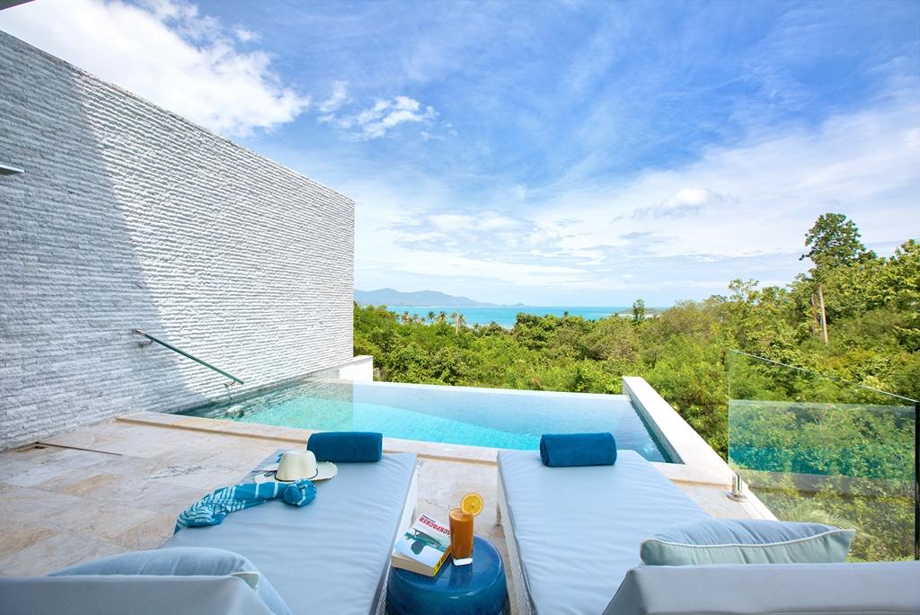 Villa-Shades-of-Blue-August-2014-Websized-21 (2)