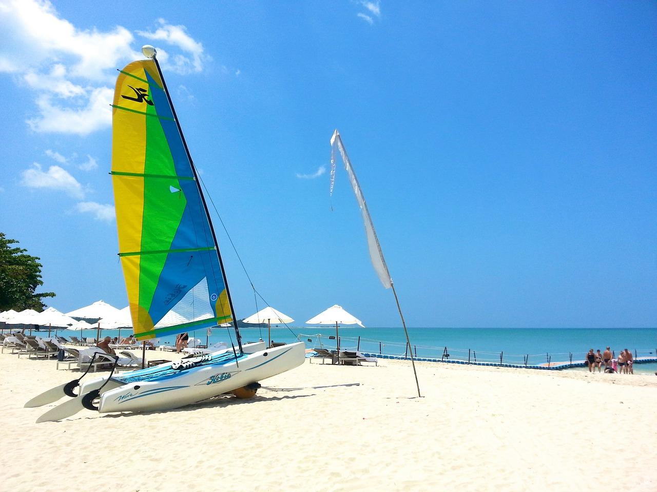 beach-261572_1280