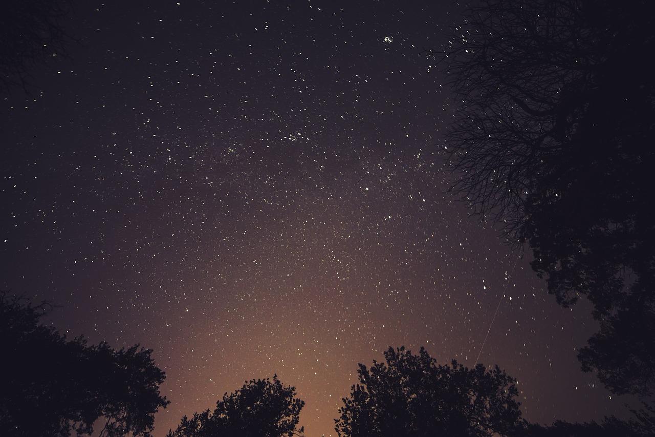 stars-926427_1280