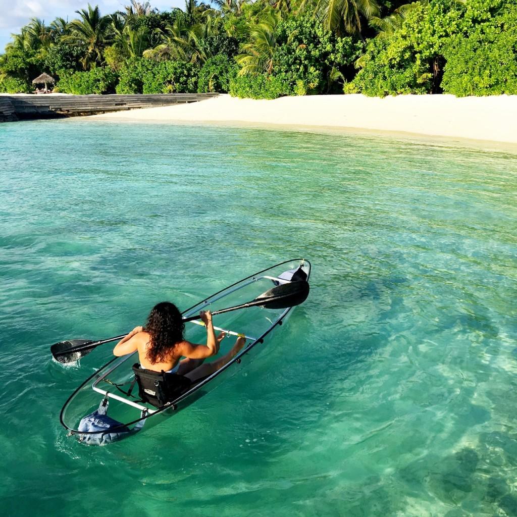 Baros_Maldives_Luxury_Resort_Paradise_House-Reef_Snorkel_clear_kayak_transparent_glass_bottom-1024x1024
