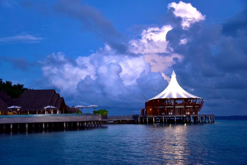 Baros_Maldives_Luxury_Resort_Paradise_lighthouse1-1024x682