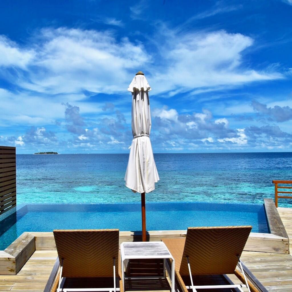 Baros_Maldives_Luxury_Resort_Paradise_villa_life-5-1024x1024