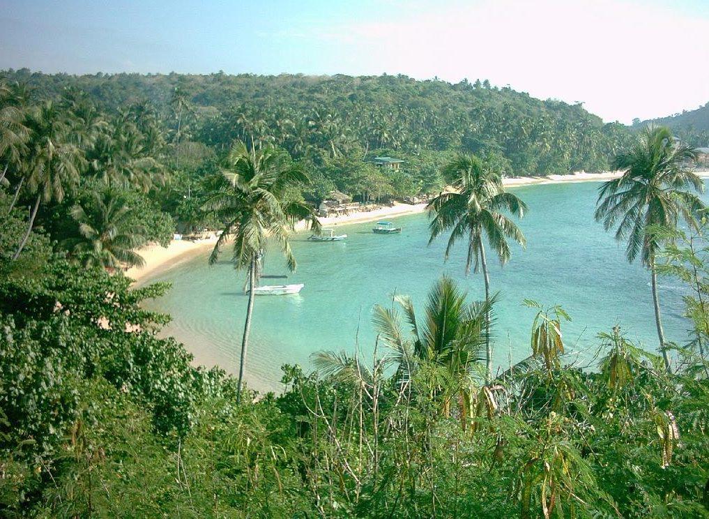 Unawatuna_Bay_-_Beach (1)