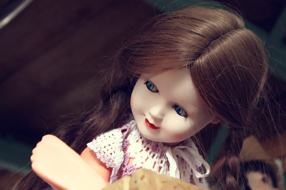 porcelain-doll-908568_960_720