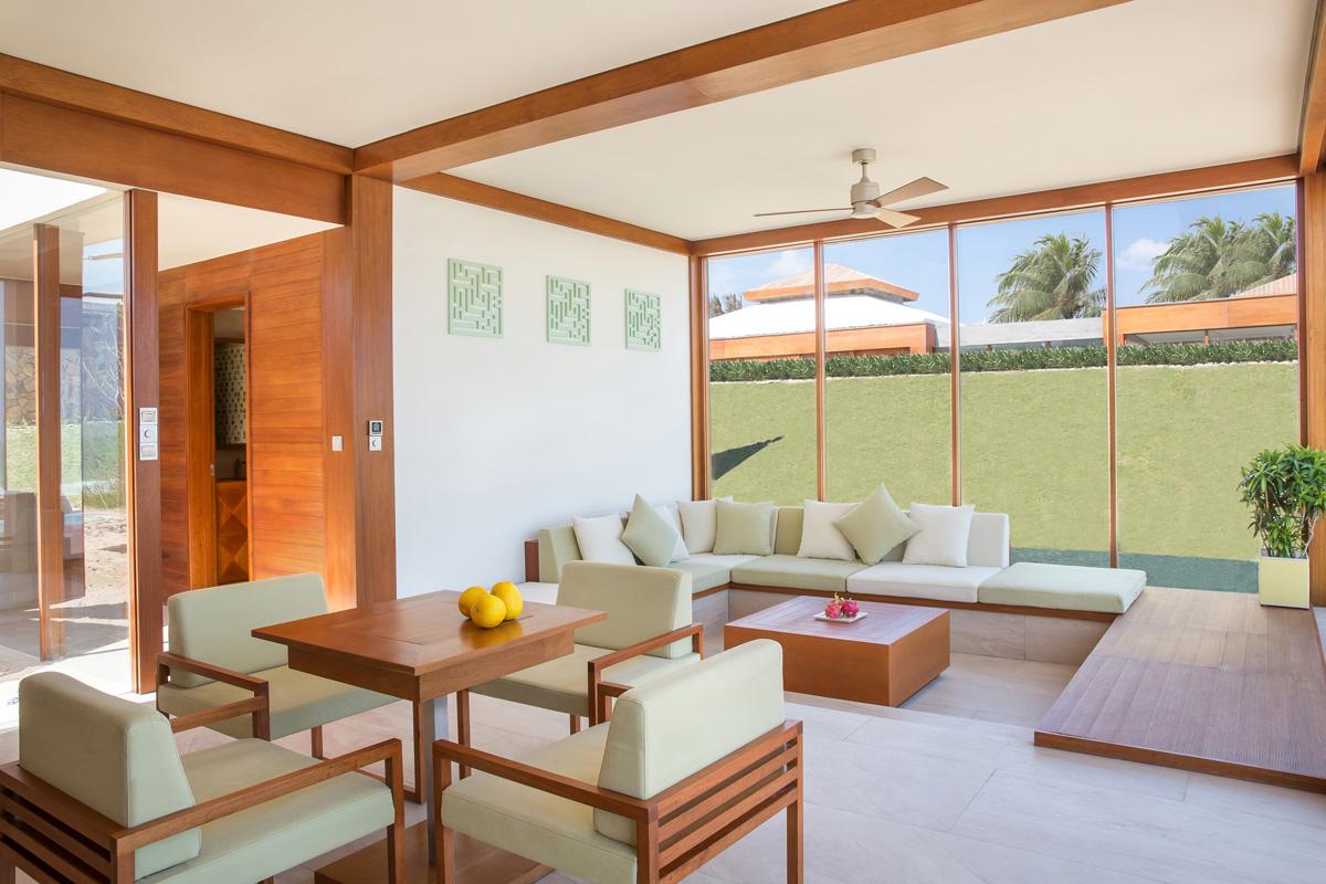 FRNT-Dbl-Pool-Villa-Interior-1-lr