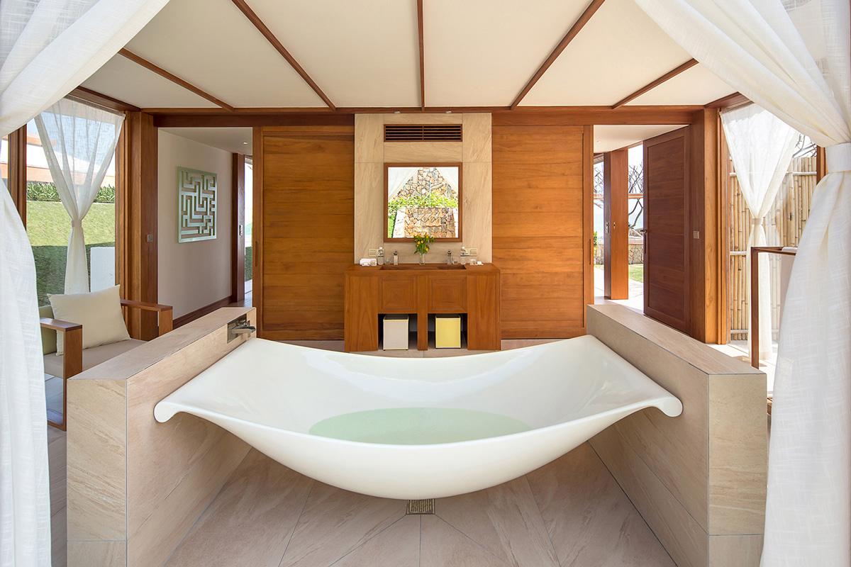 FRNT-Dbl-Pool-Villa-Main-Bathroom-1-lr