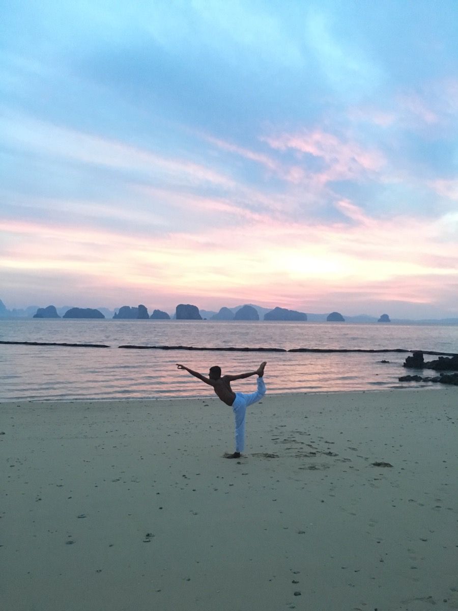 Yoga at sunrise, anyone?