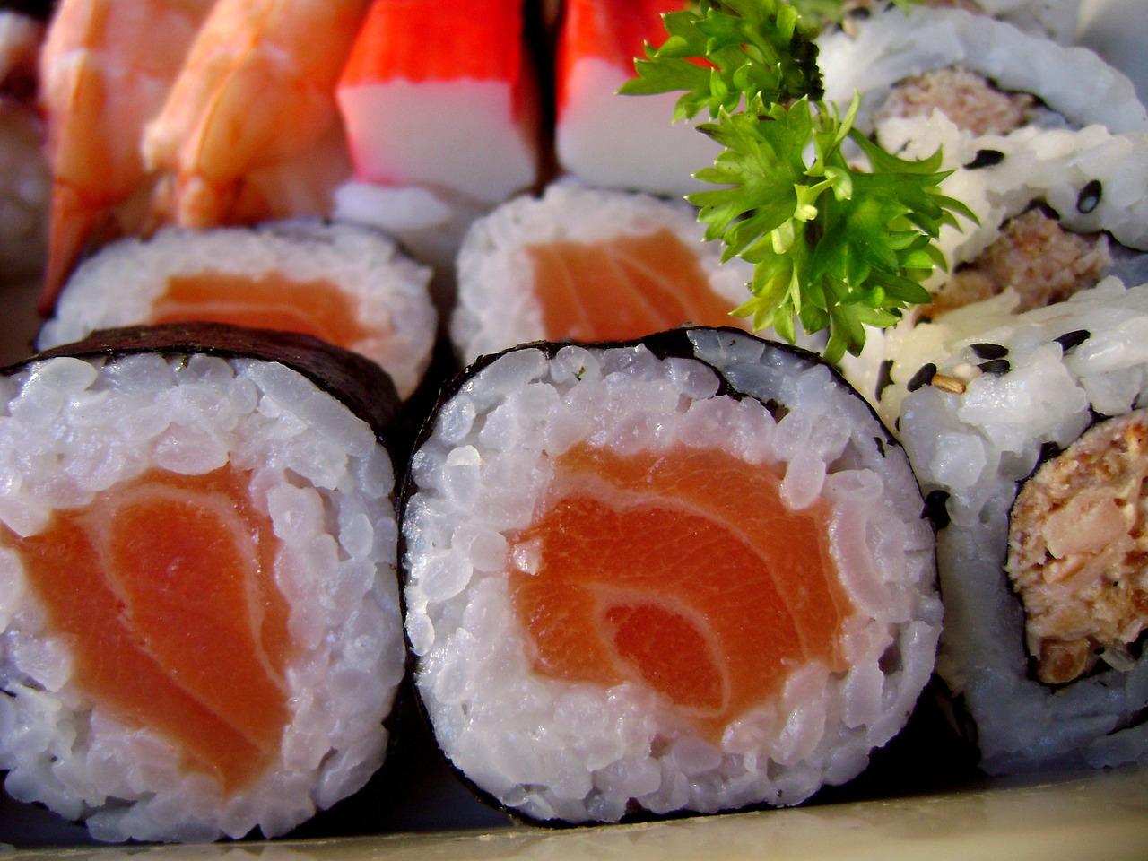 sushi-1387859_1280