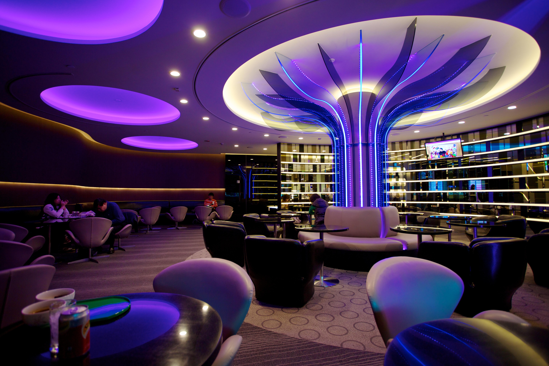 EVA_Air_Infinity_Lounge_Taipei_(12790126753) (1)