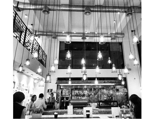 5-trendy-bangkok-cafes_4