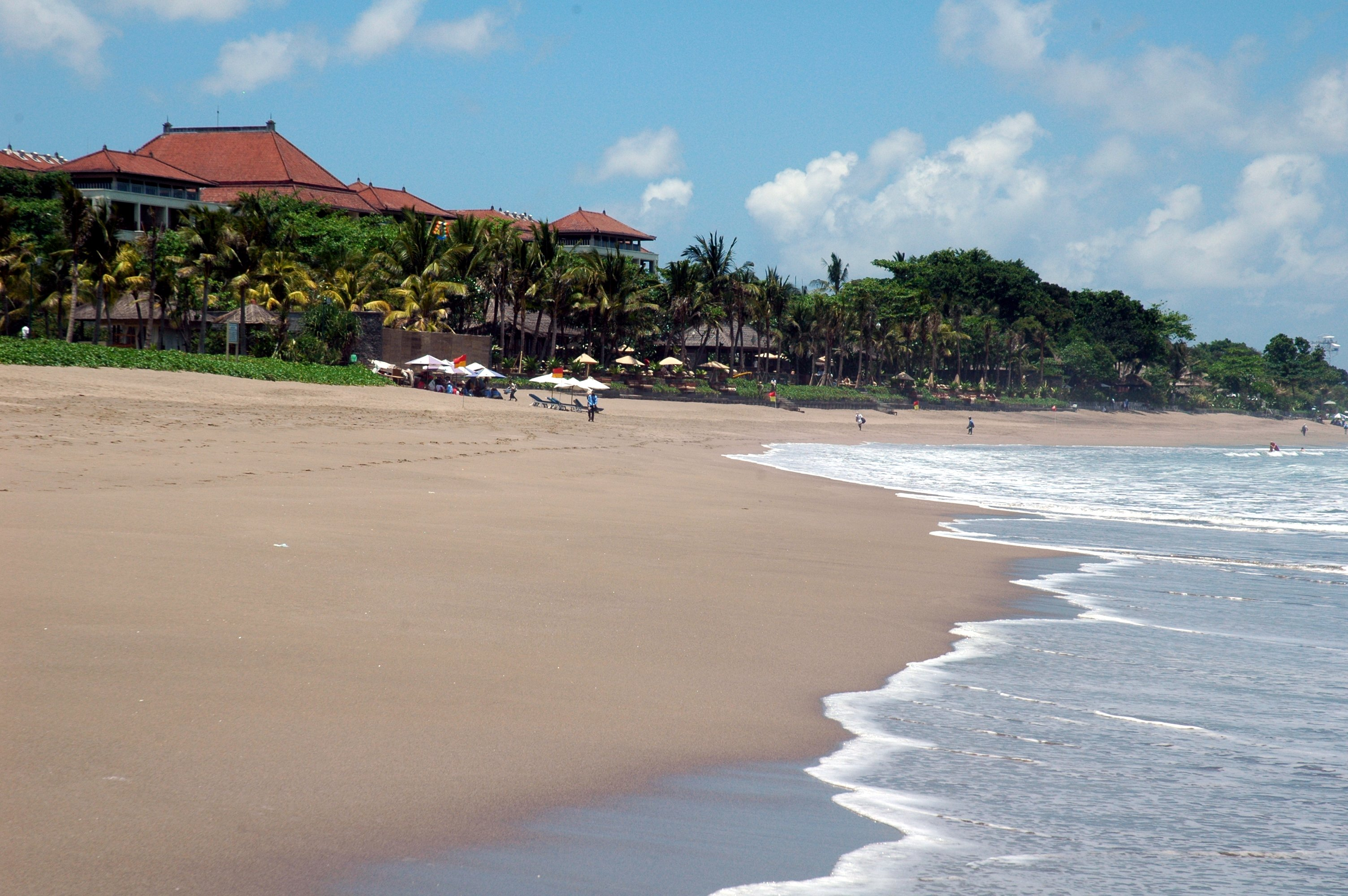 seminyak_beach_resort_large