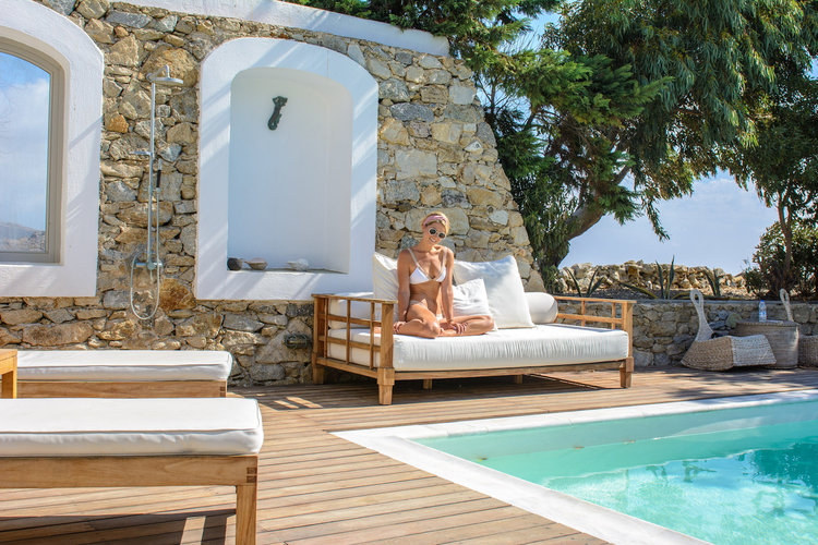 mykonos-the-luxe-nomad-greece-what-to-do-hotels-4