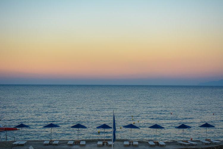 the-luxe-nomad-luxury-villas-crete-greece-st-nicolas-bay-resort-hotel-2