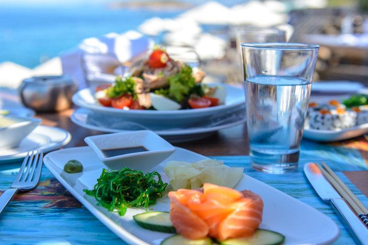 the-luxe-nomad-luxury-villas-crete-greece-st-nicolas-bay-resort-hotel-7