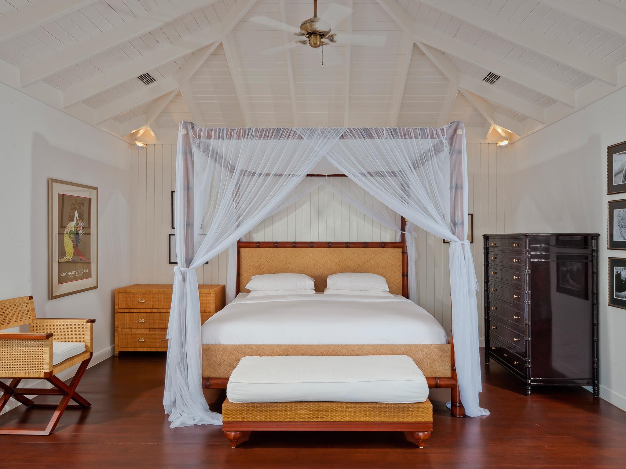 7-villa-lulito-a-typical-bedroom