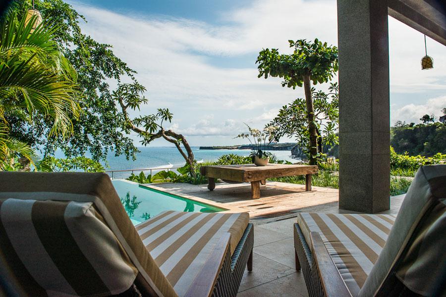 villa-luxe-padang-padang-beach-balipooldeckview-2