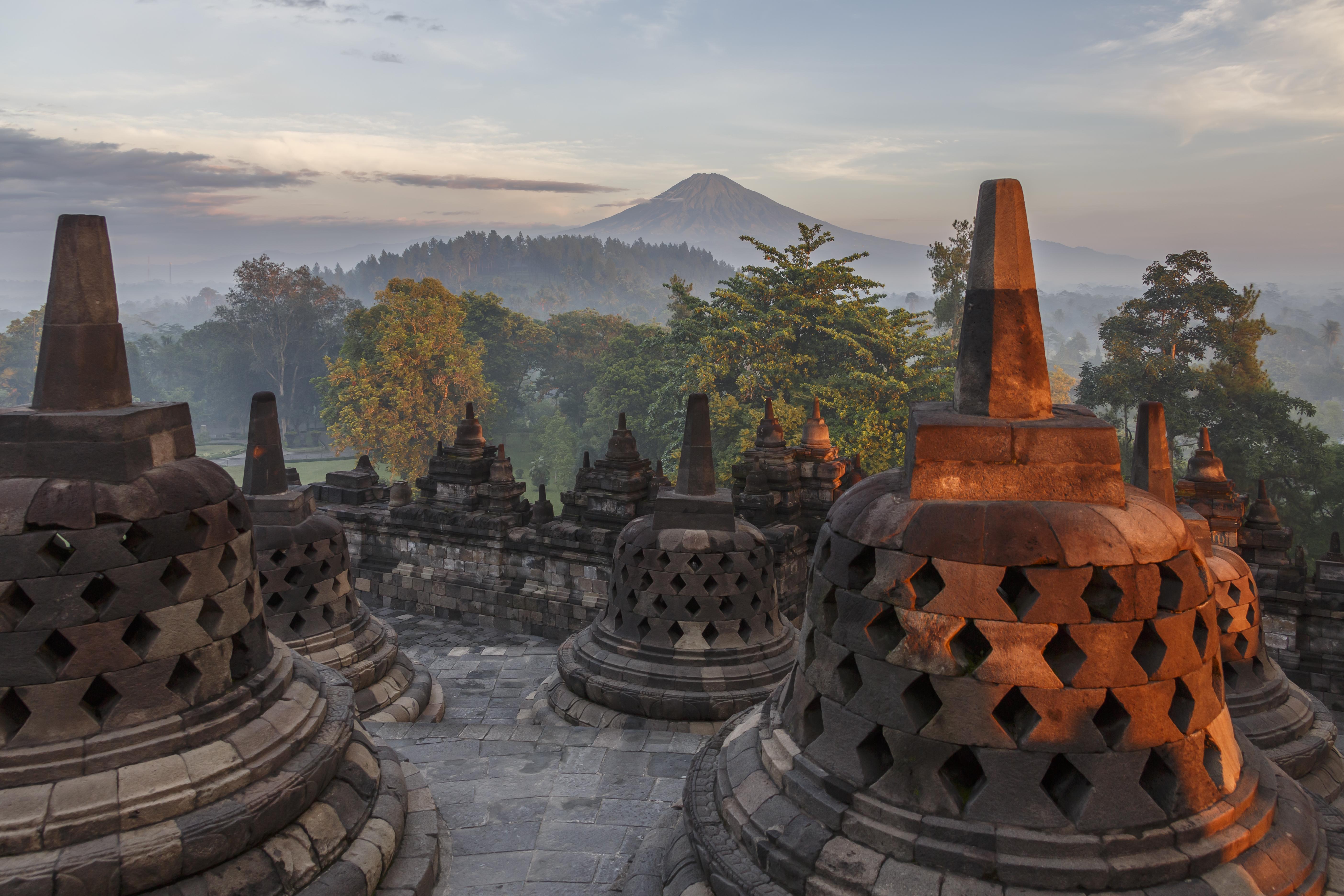 borobudur-temple-park_indonesia_stupas-of-borobudu-13