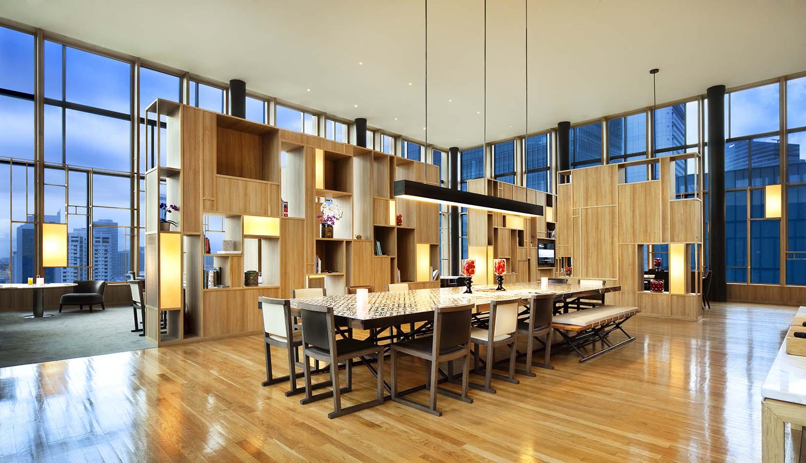 facilities_orchid-club-lounge-panoramic_photo-credit-patrick-bingham-hall