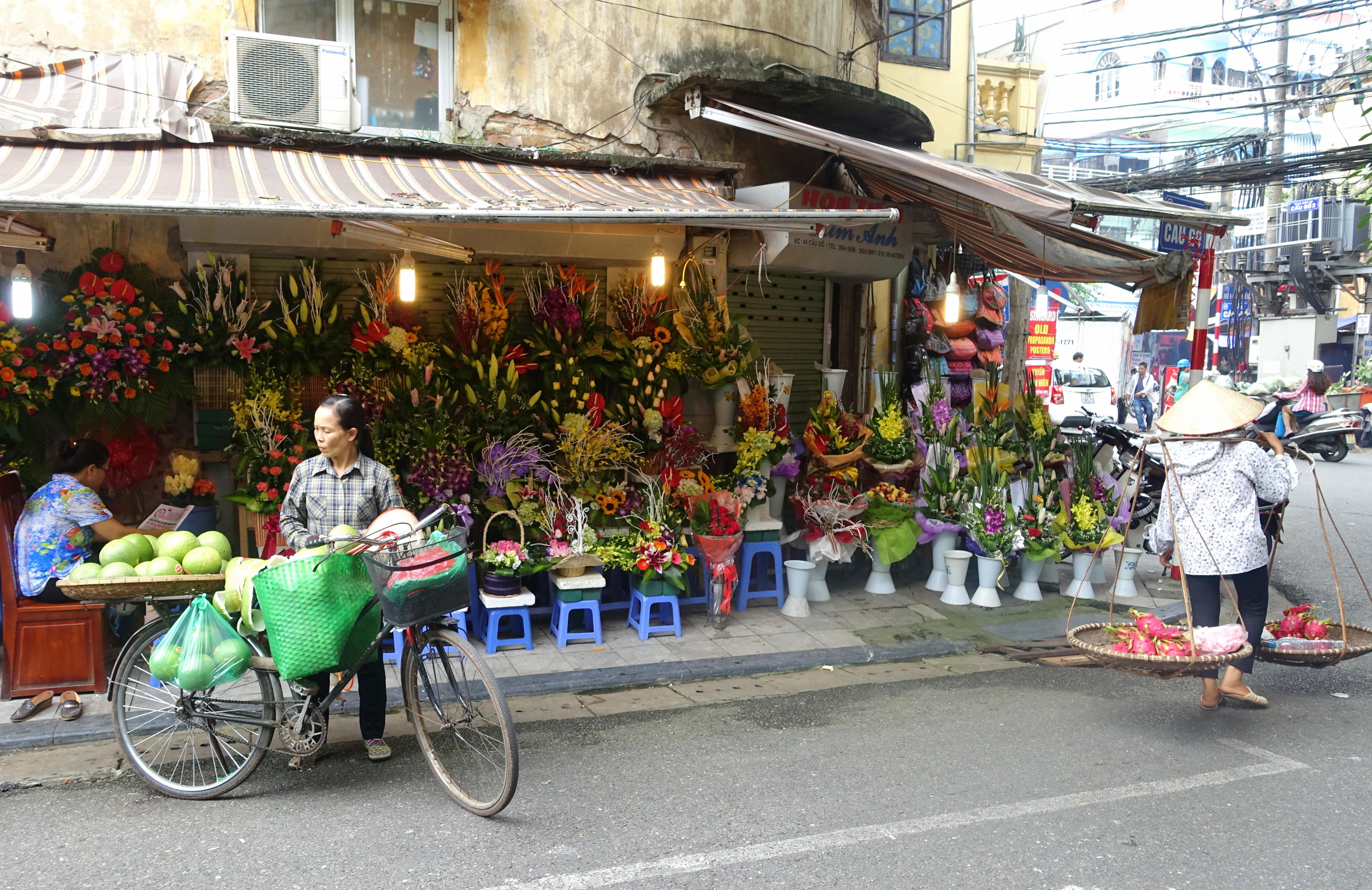 flower_market_-_hanoi_vietnam_-_dsc03681