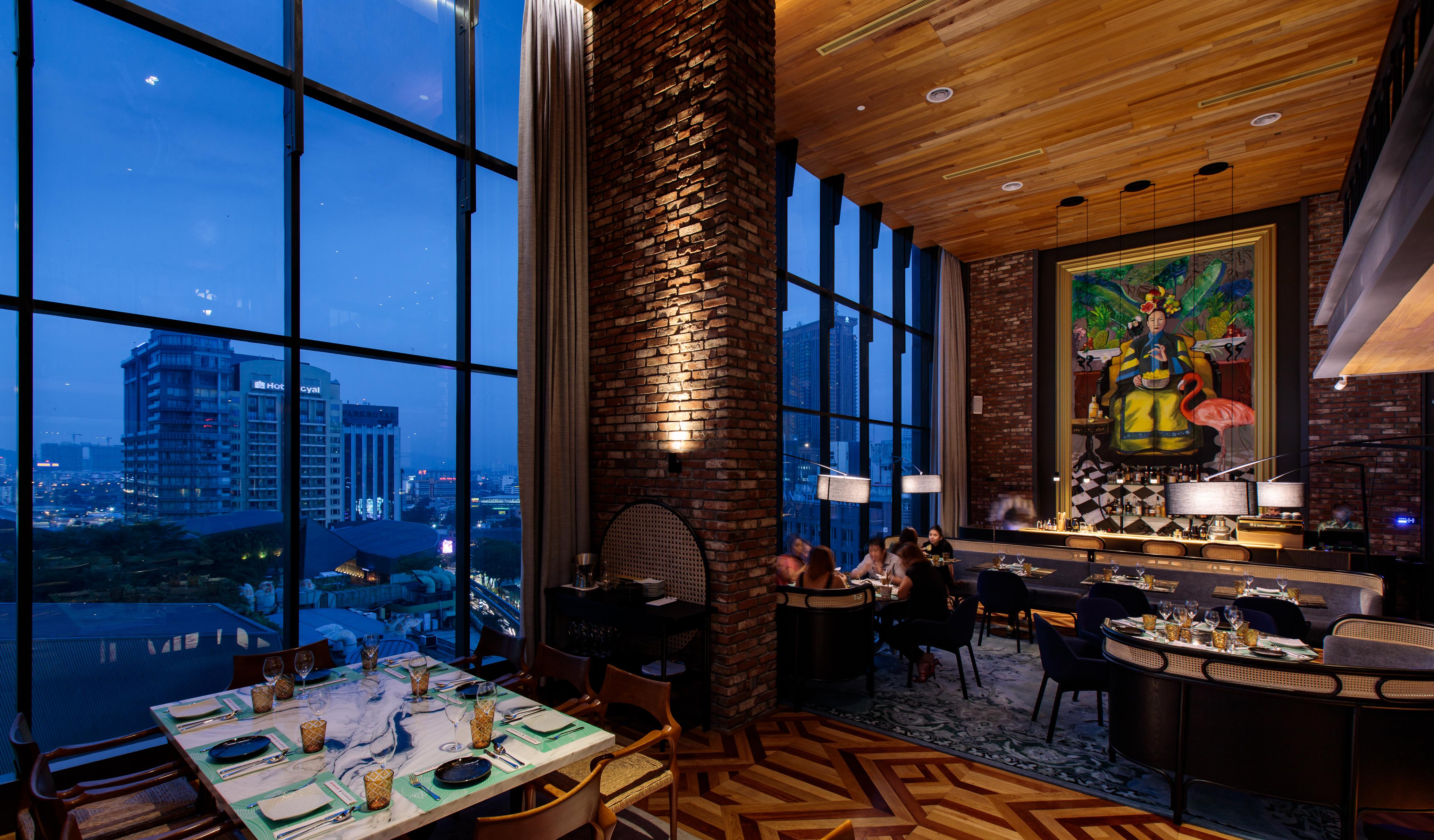 The sexy dining room at Mr. Chews Chino Latino