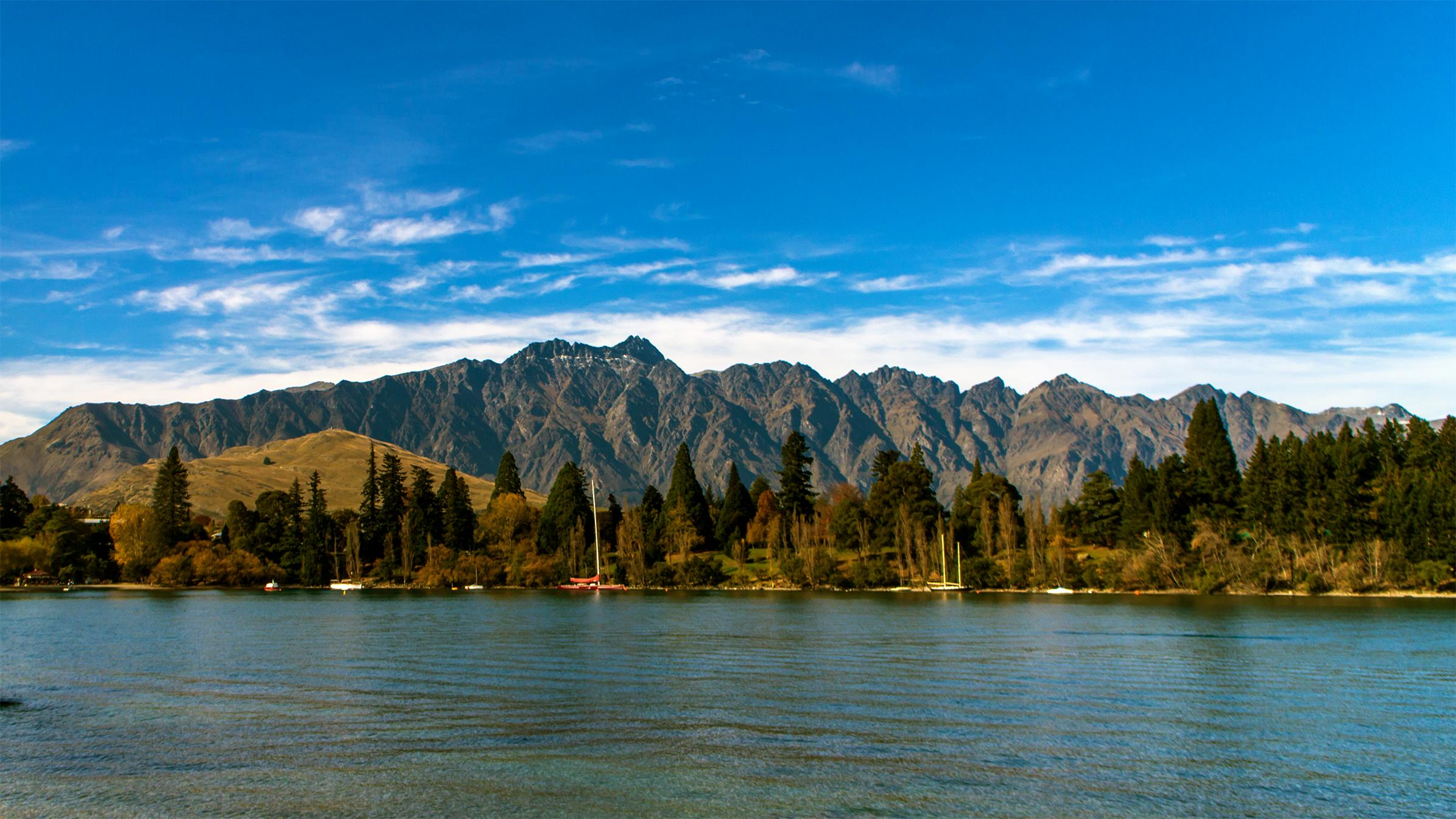 The Remarkables, with Lake Wakatipu in the foreground.