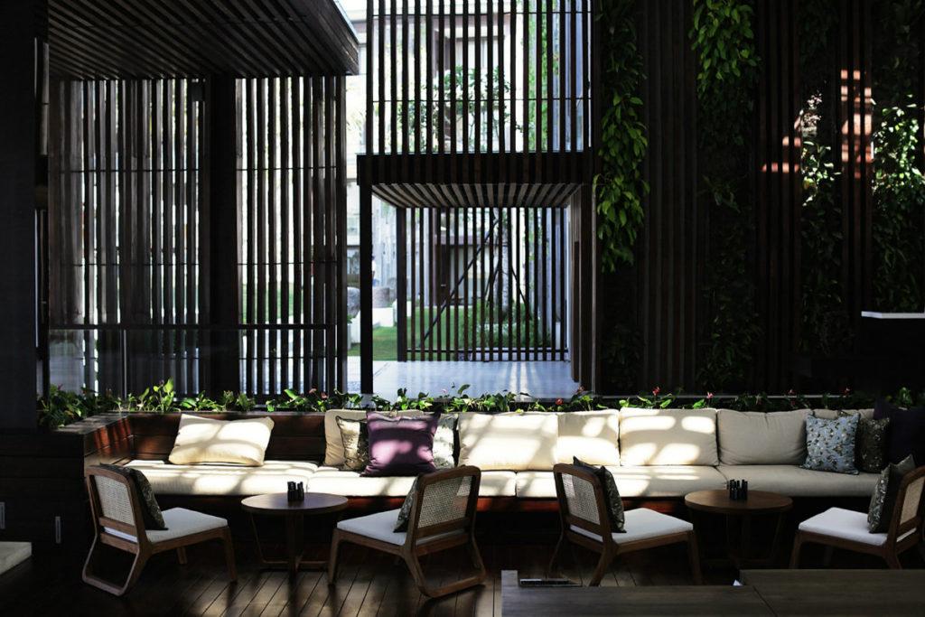 alila-seminyak-lobby-lounge-05-1024x683