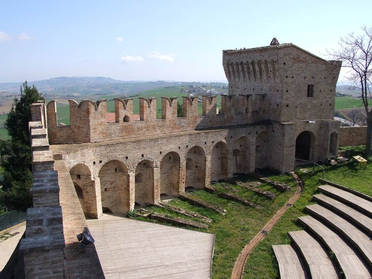 castello_montefiore_17