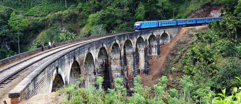 9 Arch Bridge by train in Sri Lanka hill country.