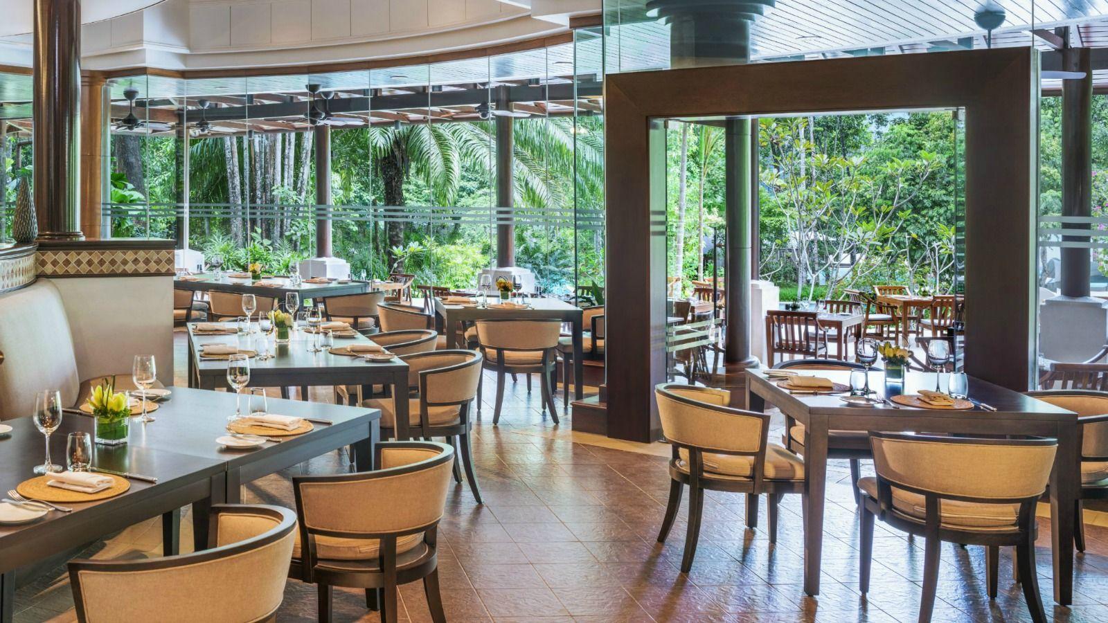 restaurant-1600